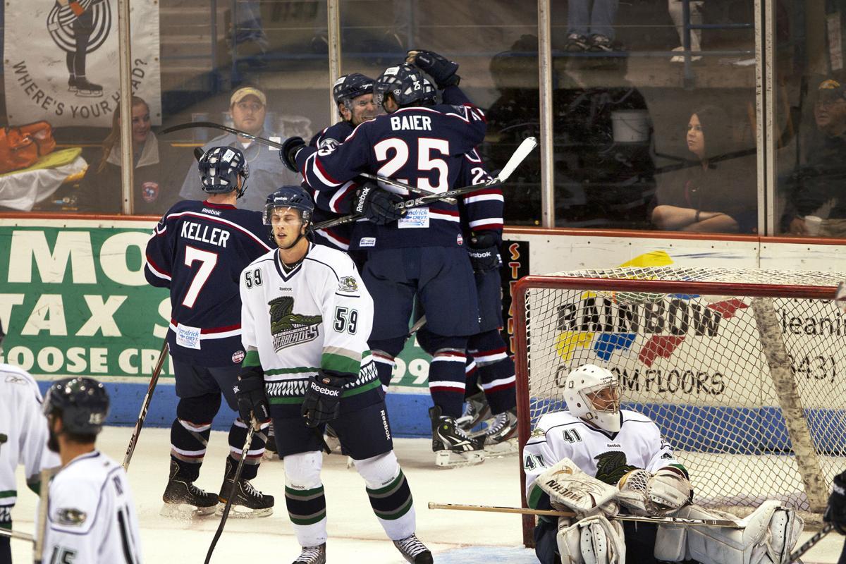Stingrays vs. Florida Everblades hockey