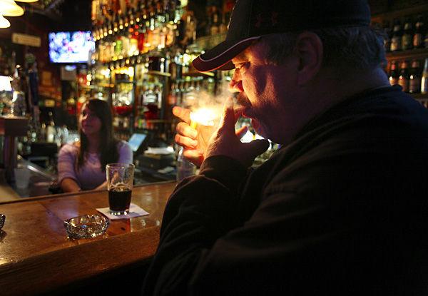 Dorchester smoking-ban vote set for Feb.