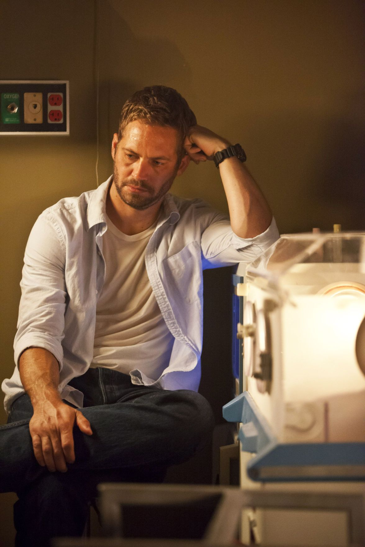 'Fast & Furious 7' production delayed after star Paul Walker's death