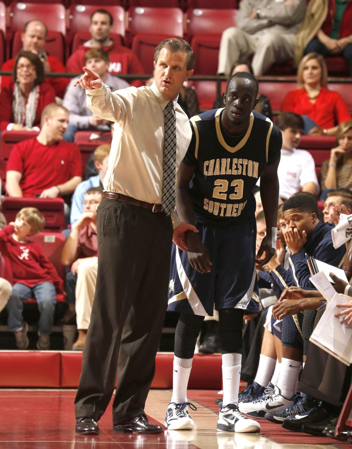 Former Buc basketball star Muo to play in Australia