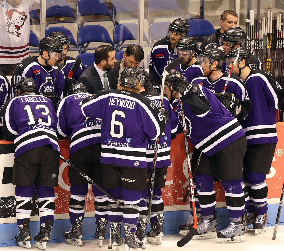 Stingrays win ECHL's East Division