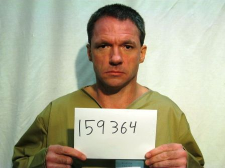 Police: In cold, escaped inmate turns himself in