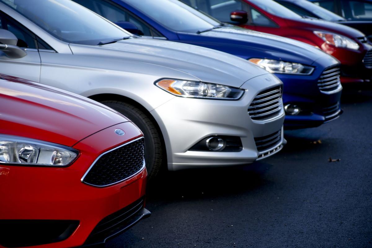 Snowstorm puts chill on U.S. auto sales