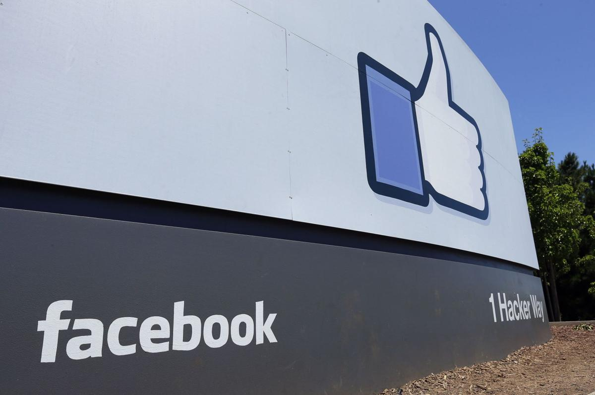 State employees must unfriend social media at work