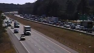 I-26 east traffic clear again after wreck near Highway 78
