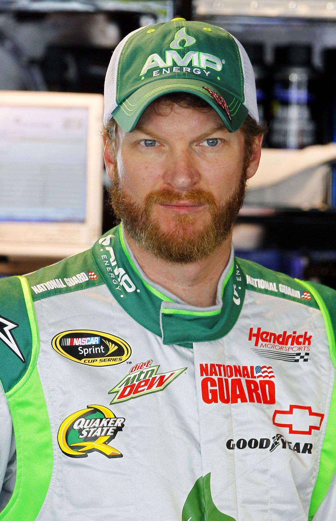 Earnhardt emerges as new points leader