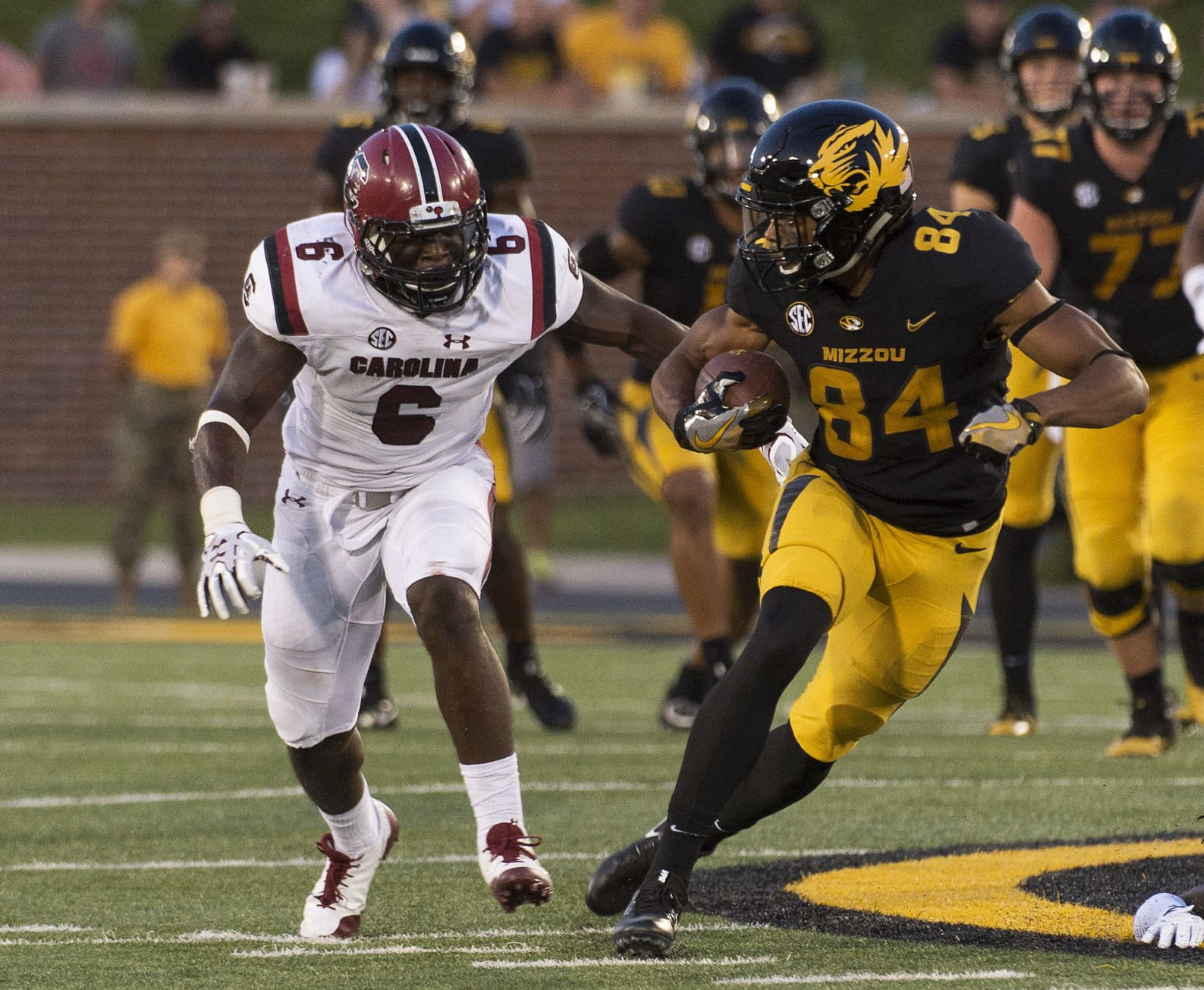 SC erases early deficit, beats Missouri 31-13