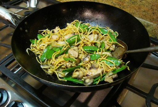 Simple lo mein recipe taste of Chinese cuisine