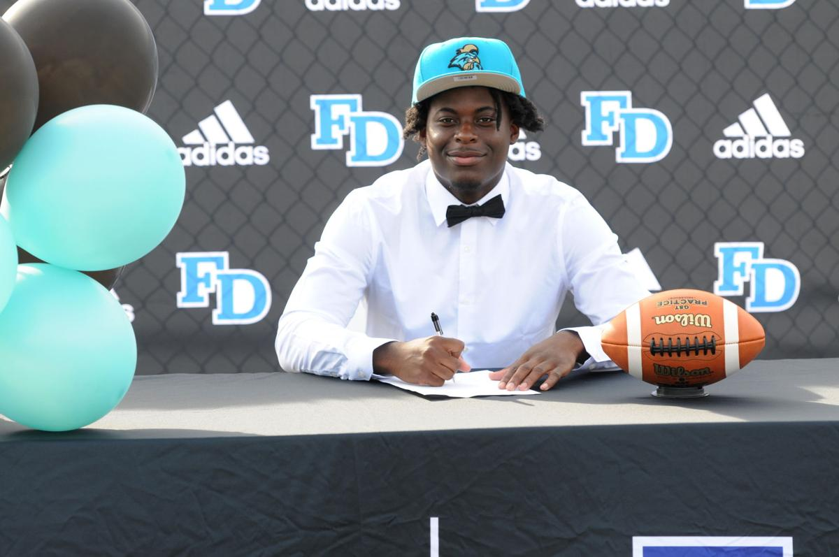 Mitchell becomes a Chanticleer