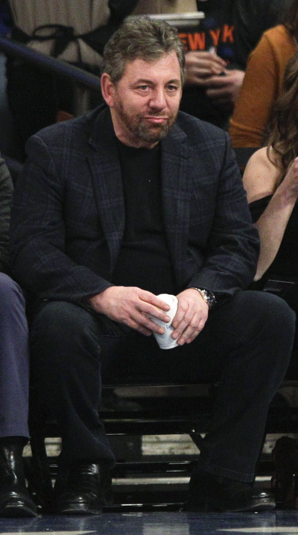 Knicks' chairman James Dolan rips fan in email, tells him to root for Nets