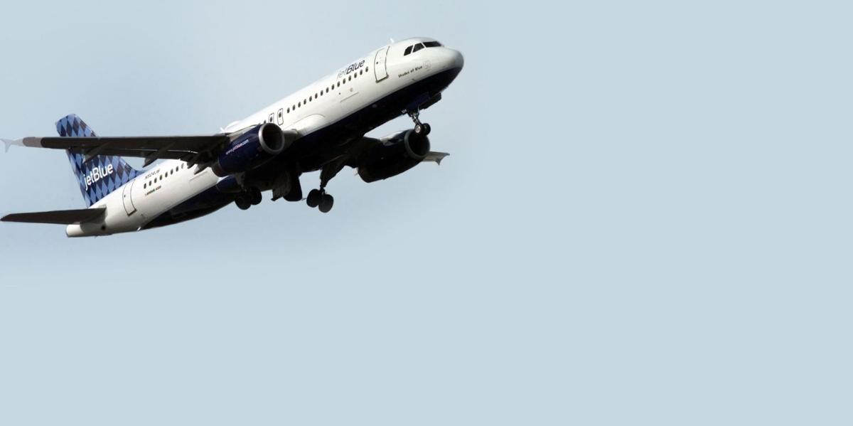 Jet Blue flight makes emergency landing at Charleston Airport