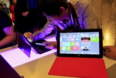 Microsoft debuts Surface Tablet to run new version of Windows
