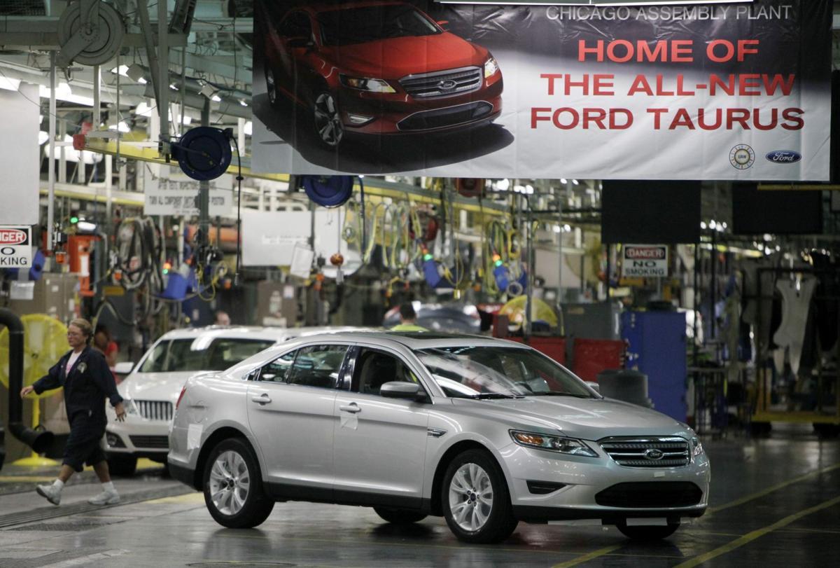 Feds probe Taurus, Sable for stuck throttles