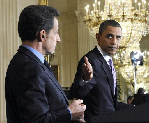 Sarkozy discussing global finance with Obama