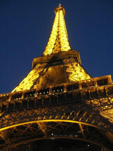 Woody Allen to shoot film in Paris
