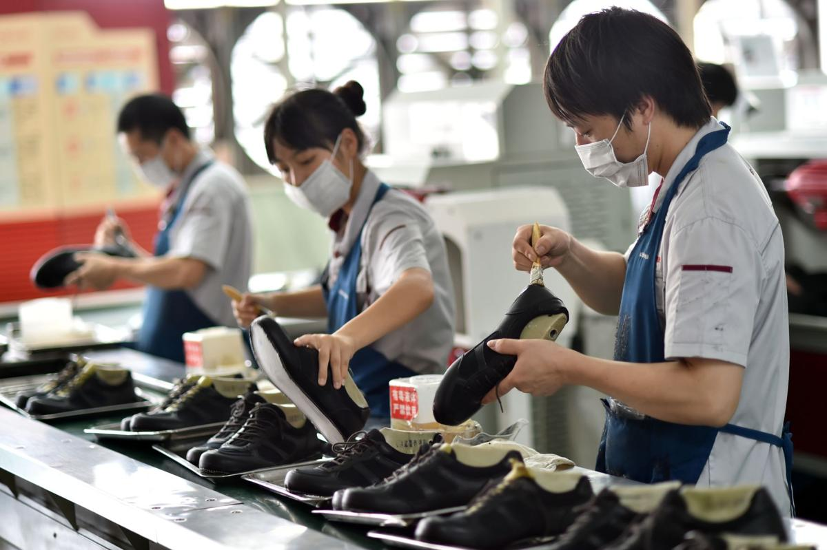 U.S. stocks fall sharply on China growth worries