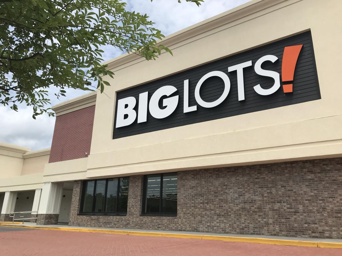 Big Lots new on Dorchester Road (copy)