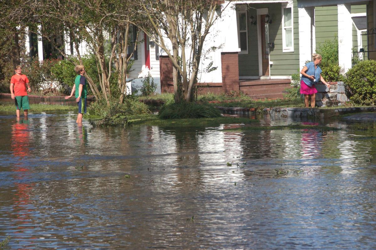Flood waters remain on Gordon Street (copy)