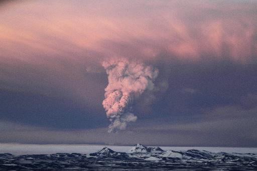 EU: Volcanic cloud affects British, Irish airspace