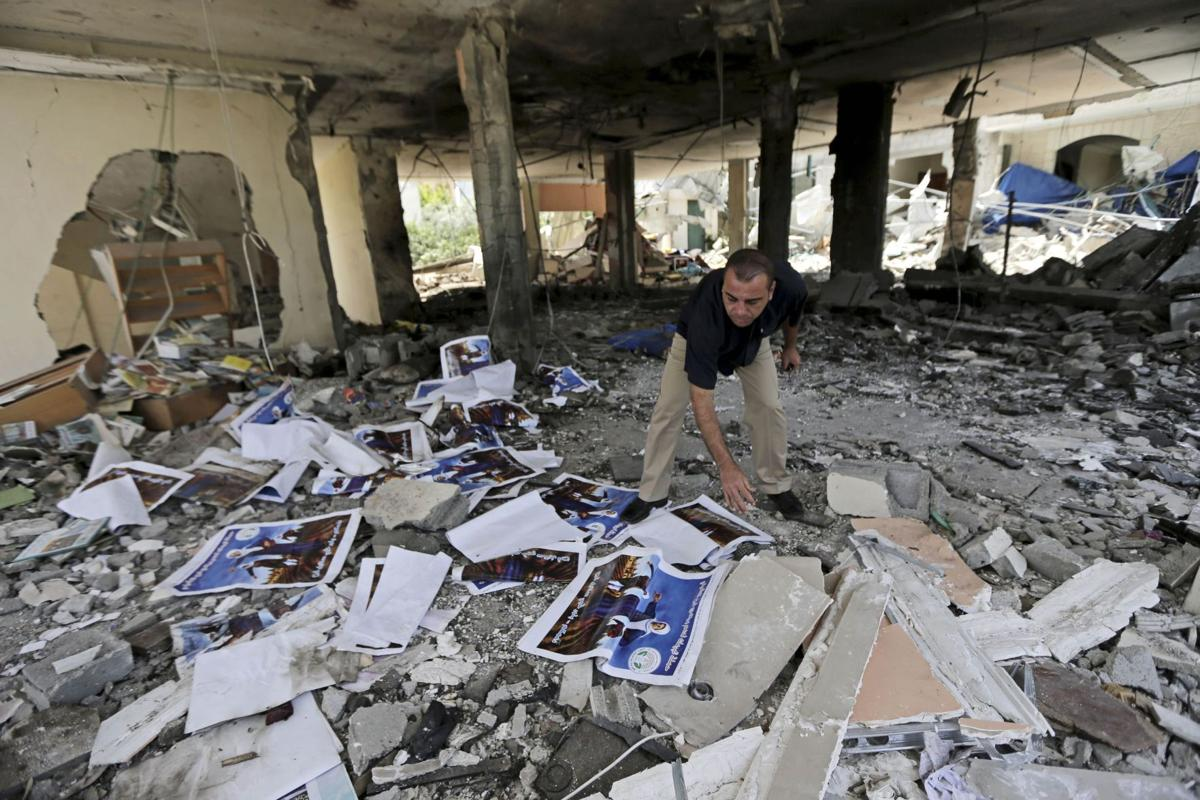 Israel widens air attack, Gaza death toll tops 125