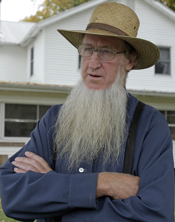 FBI, police arrest 7 in Amish haircut attacks