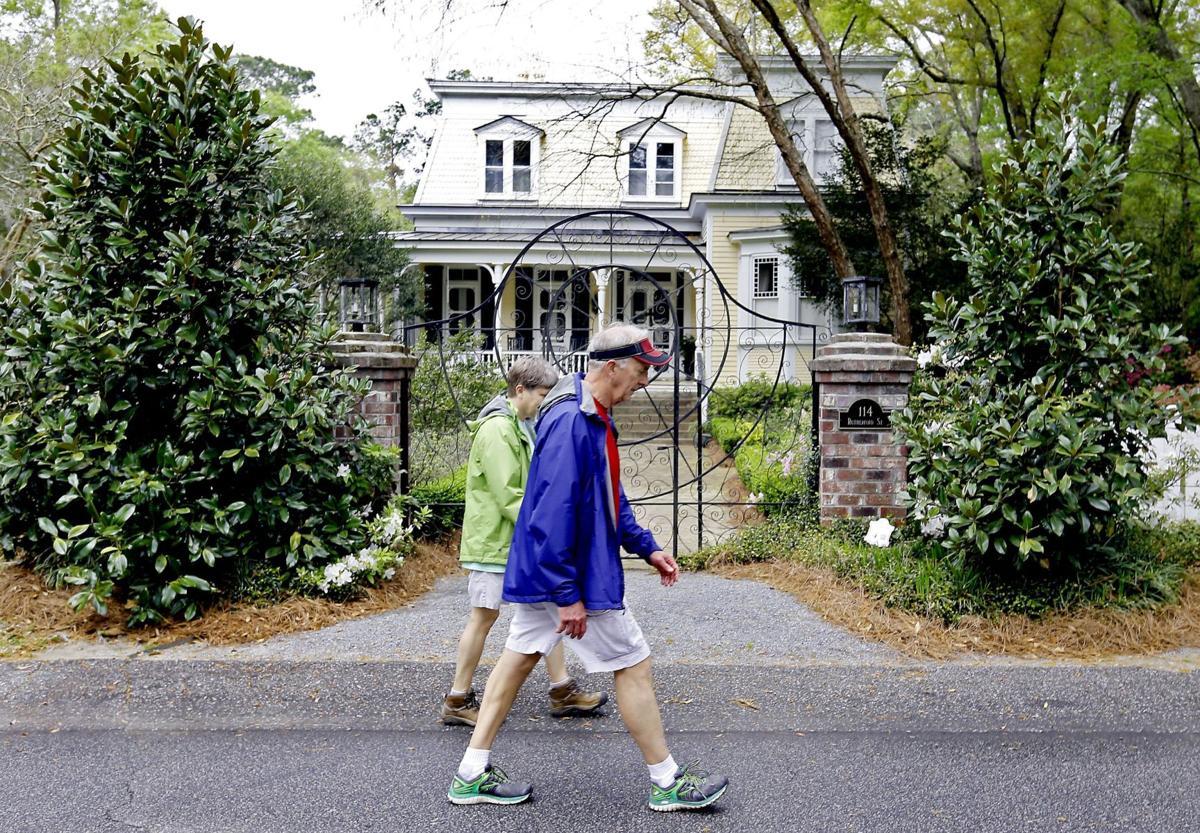 Historic district burglaries prompt meeting