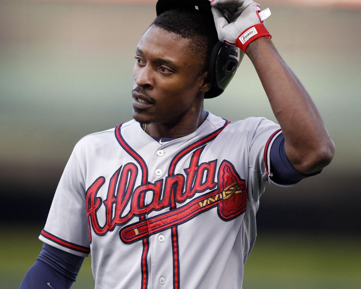 Braves remain on brink, fall to Cubs