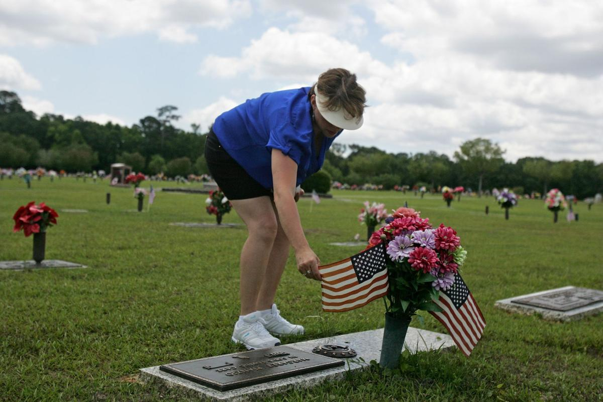 They knew cost of freedom Event honors those who died serving their country
