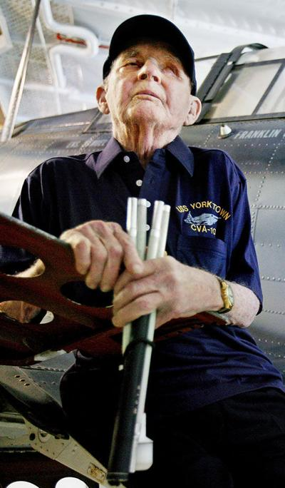 Final wish: Dying veteran relives WWII days with trip to Yorktown
