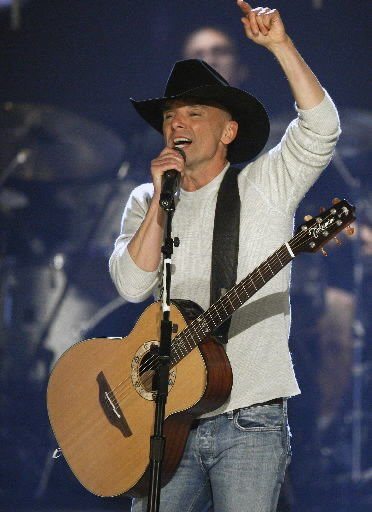 Kenny Chesney has his 'Limits'