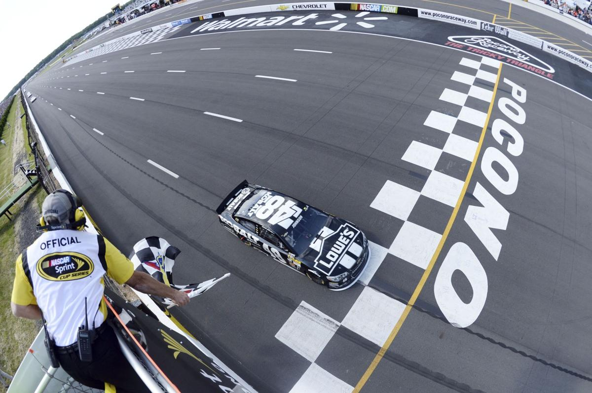 Johnson dominates at Pocono