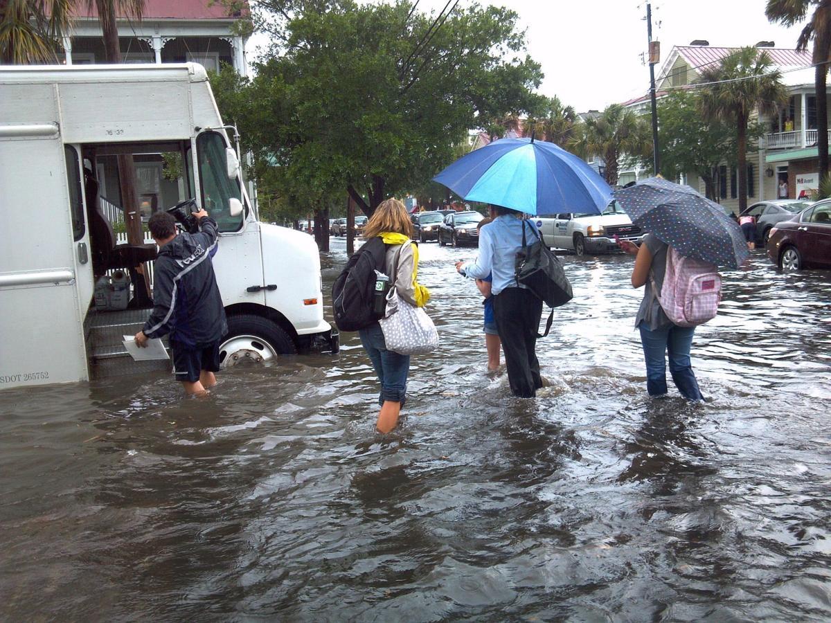 Downtown flooding as seen through social media