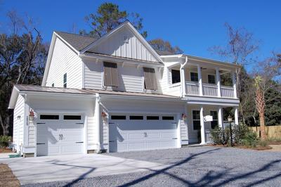 Local builder expands reach on Johns Island with upscale, large lot village