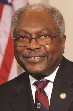 Clyburn joins Charleston summit calling for $15-an-hour minimum wage