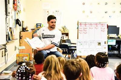 CSU baseball players promote reading at Boulder Bluff Elementary