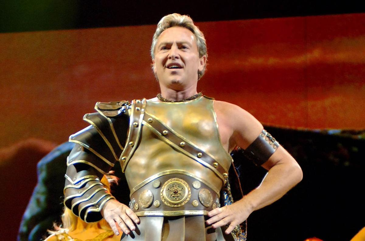 Flatley to make Broadway debut, then retire