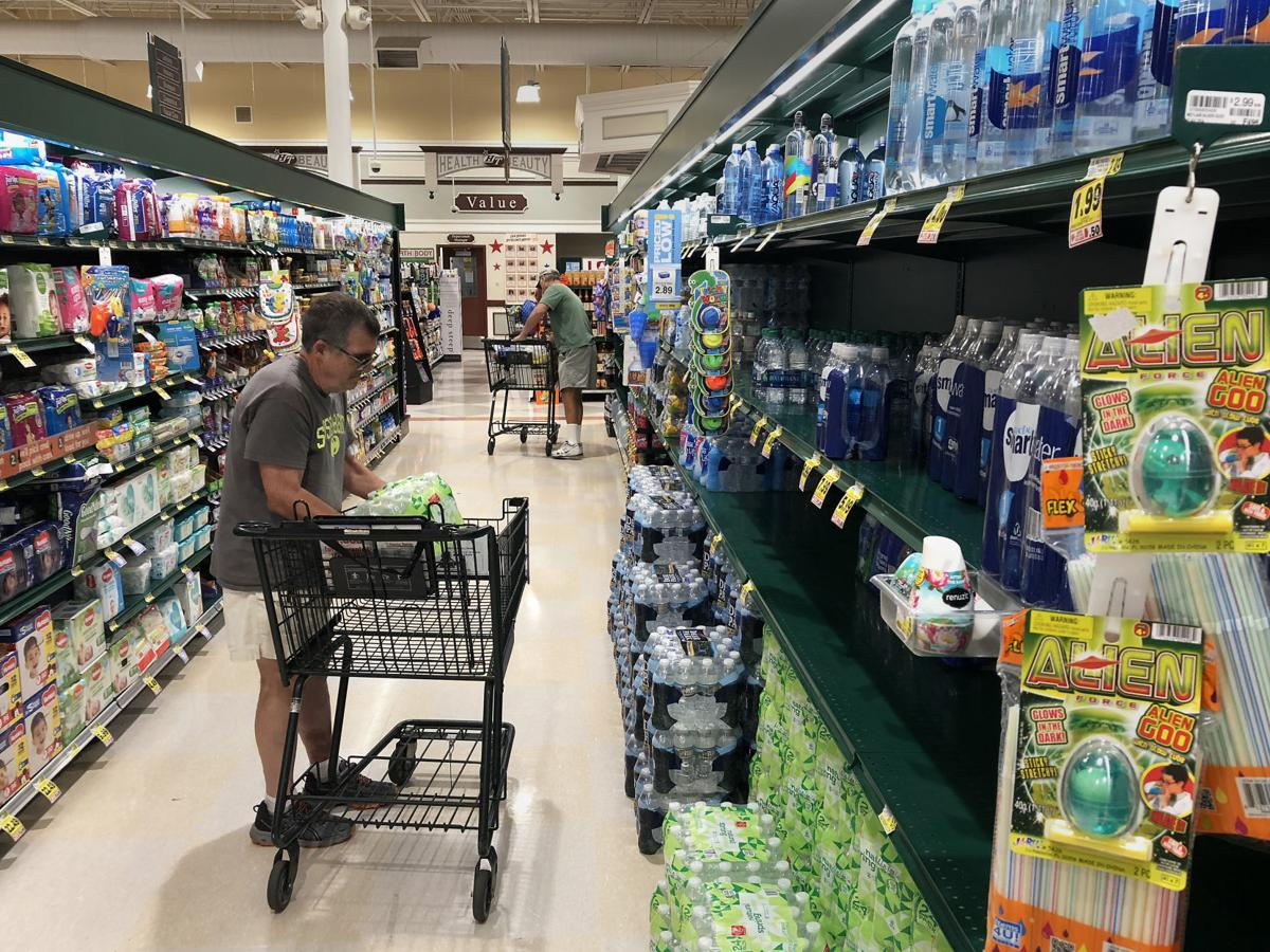 PRINT LP hurricane florence grocery stores 091018 003.JPG (copy) (copy)