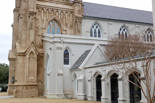 Earthquake damage closes historic Grace Episcopal Church