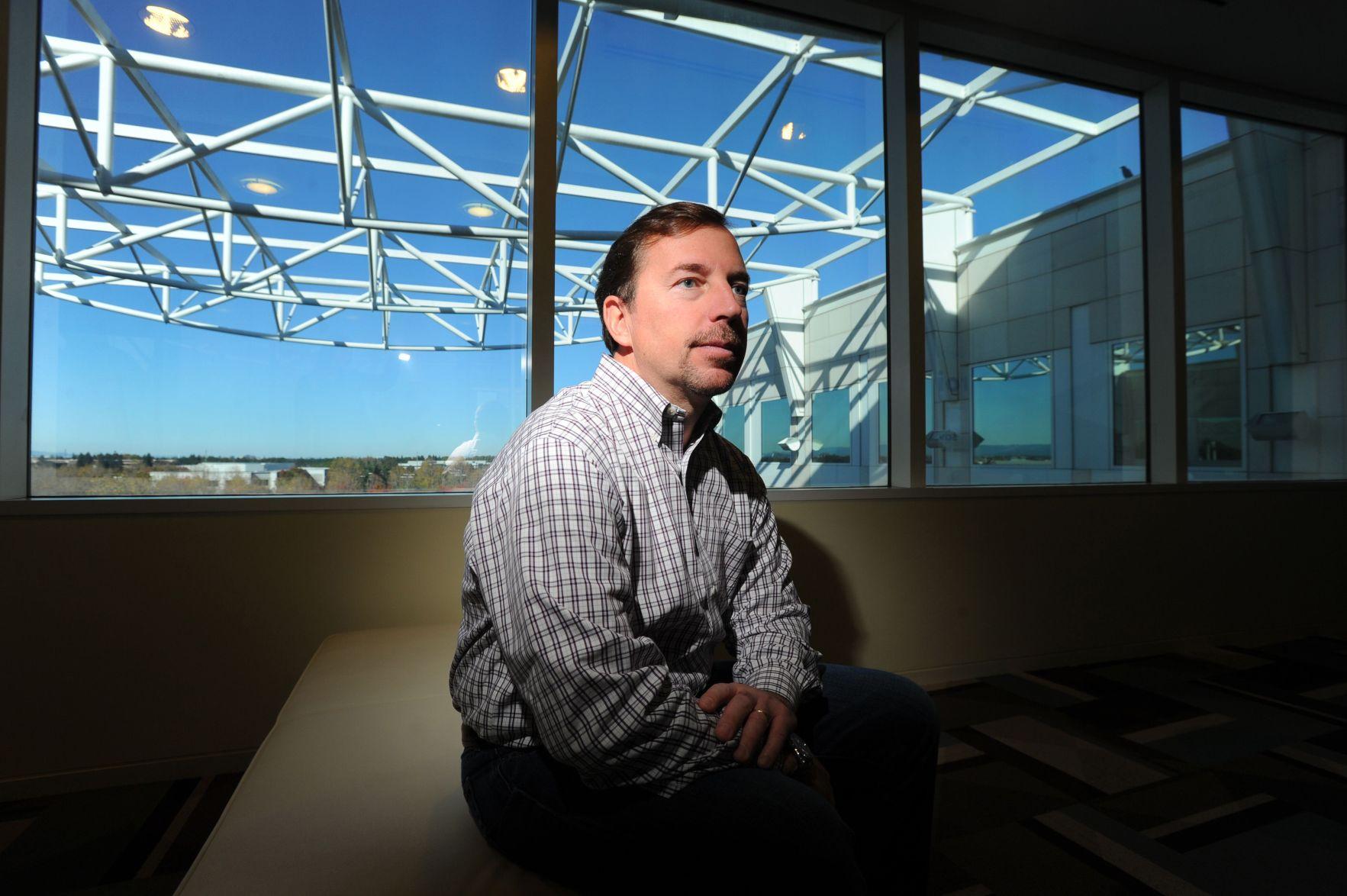 Yahoo Ceo Scott Thompson Resigns After Resume Flap Levinsohn