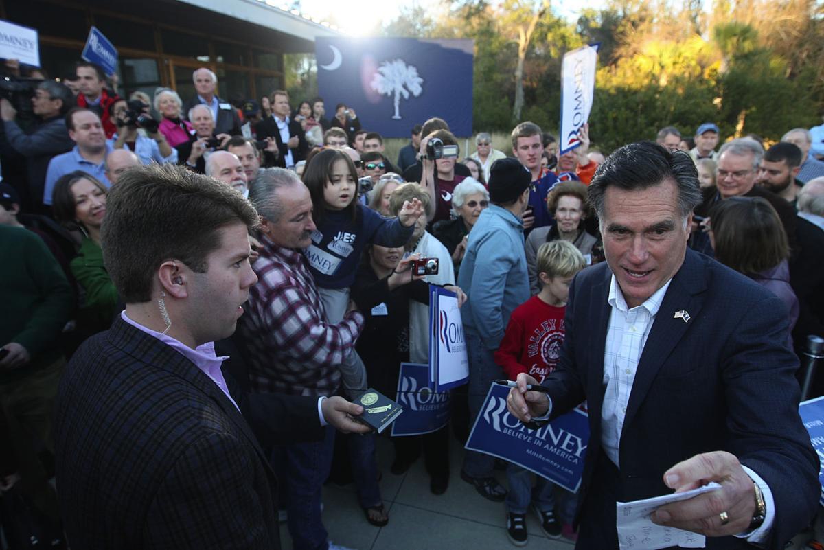 Romney rallies Charleston supporters