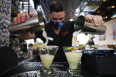 pouring margaritas.jpg (copy)