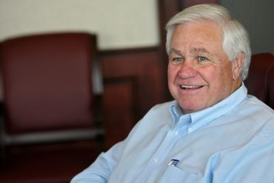 Summey wants to reward workers