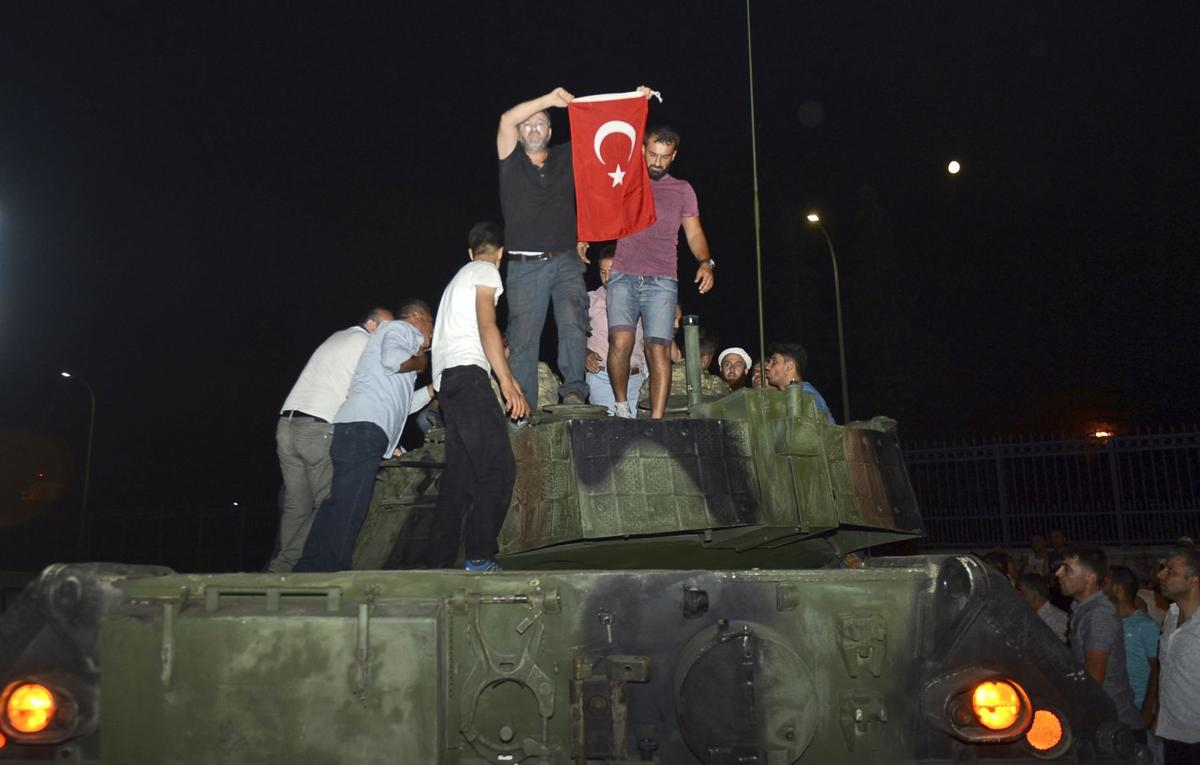 Turkish officials say coup plotters being arrested