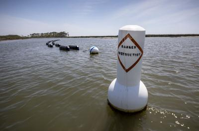Shell game: Conflict, secrecy cloud battle over SC oyster farming permit