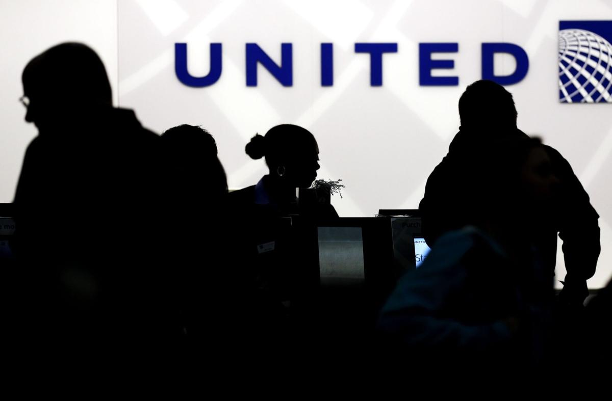 United Airlines computer glitch not believed to be linked to NYSE outage