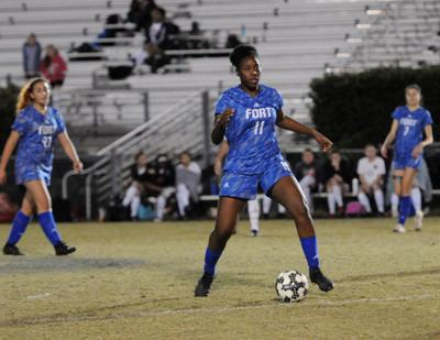 Lady Patriots pick up a pair of wins