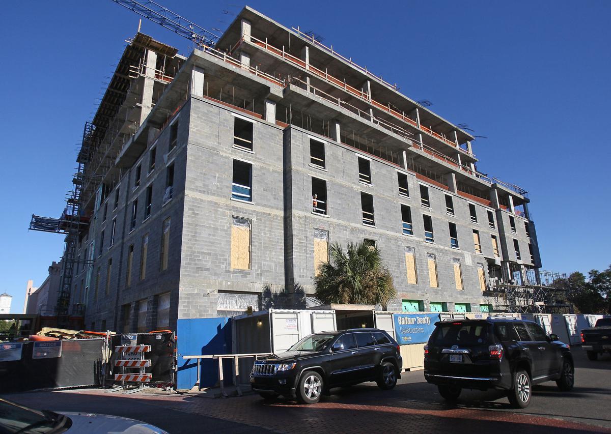 Hotel Bennett construction