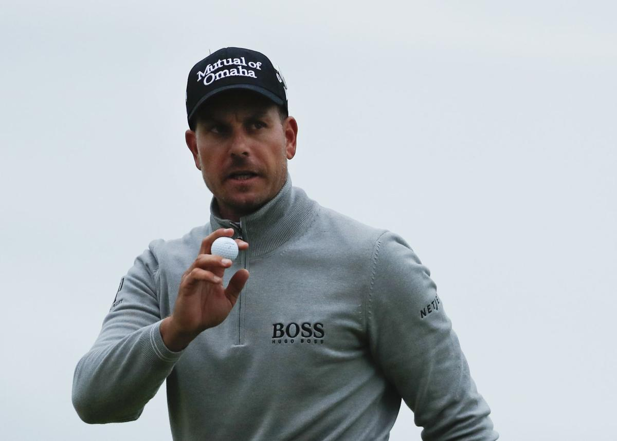 Stenson leads Mickelson by a shot at British Open