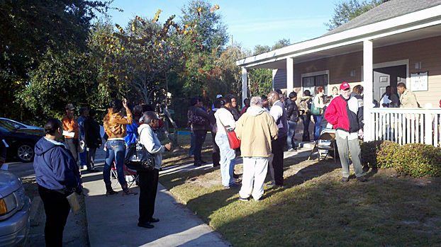 Section 8 offering draws a crowd in Charleston