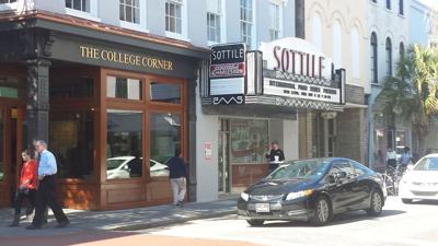 College of Charleston opens shop on King St.